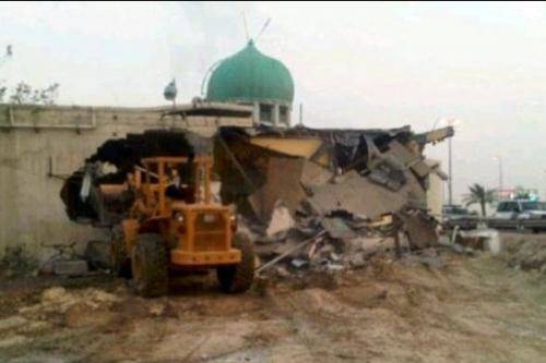 مسجد أمير محمد البربغي أثناء هدمه في أبريل 2011